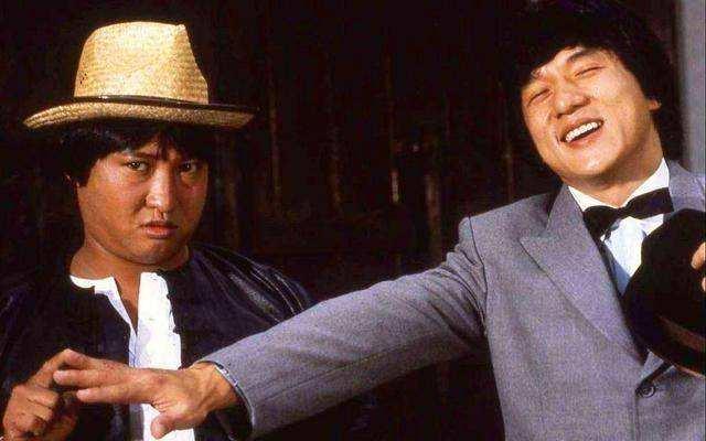 22年前成龙一部动作片:洪金宝夫妇客串,女主角曾经错过小燕子