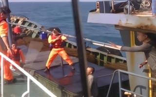 台湾海巡队连续2天扣押大陆渔船 期间有队员登船拔枪