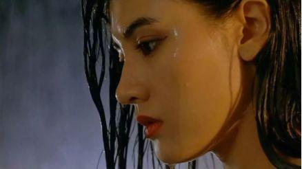 美人如流水的娱乐圈里,李嘉欣从未输过