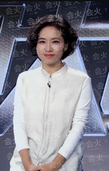 史小诺老公 央视主持史小诺露面,22岁女儿欧美范十足成网红?两人同框似姐妹