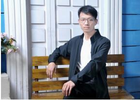 因为青春本身就是诗歌海海——专访青年诗人、网络作家汪文智(首席章京)