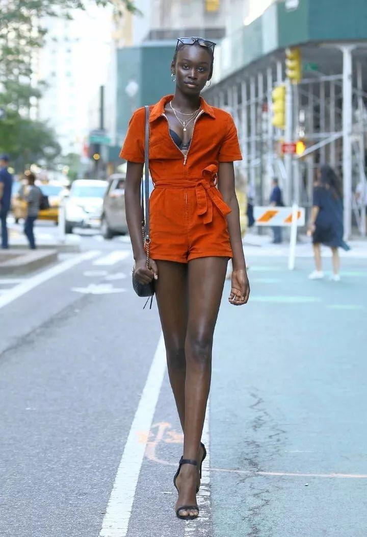 真没有想到,她竟然是自来非洲的超模,惊掉下巴!