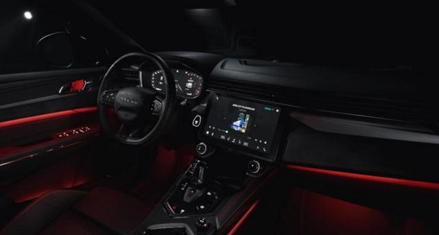 领克05官图曝光,轿跑SUV的它,竟搭配上了如此战斗的内饰