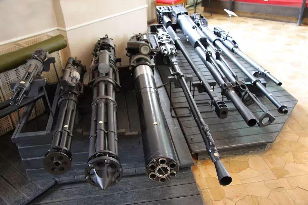 歼20隐身战机为什么对机炮不上心?一言难尽