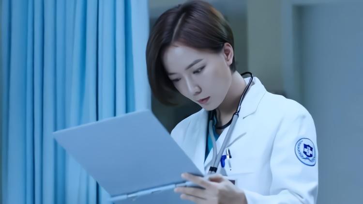 急诊科医生:老外突发心梗到急诊看病,主任全程英文问答毫无压力
