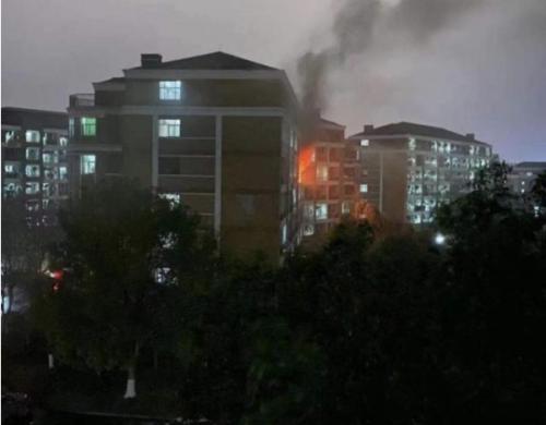 佳岚智能:预防电气火灾 守护校园安全用电