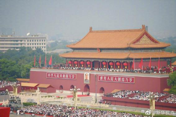 不负重托!超2000辆宇通客车服务国之庆典,向世界展现中国制造