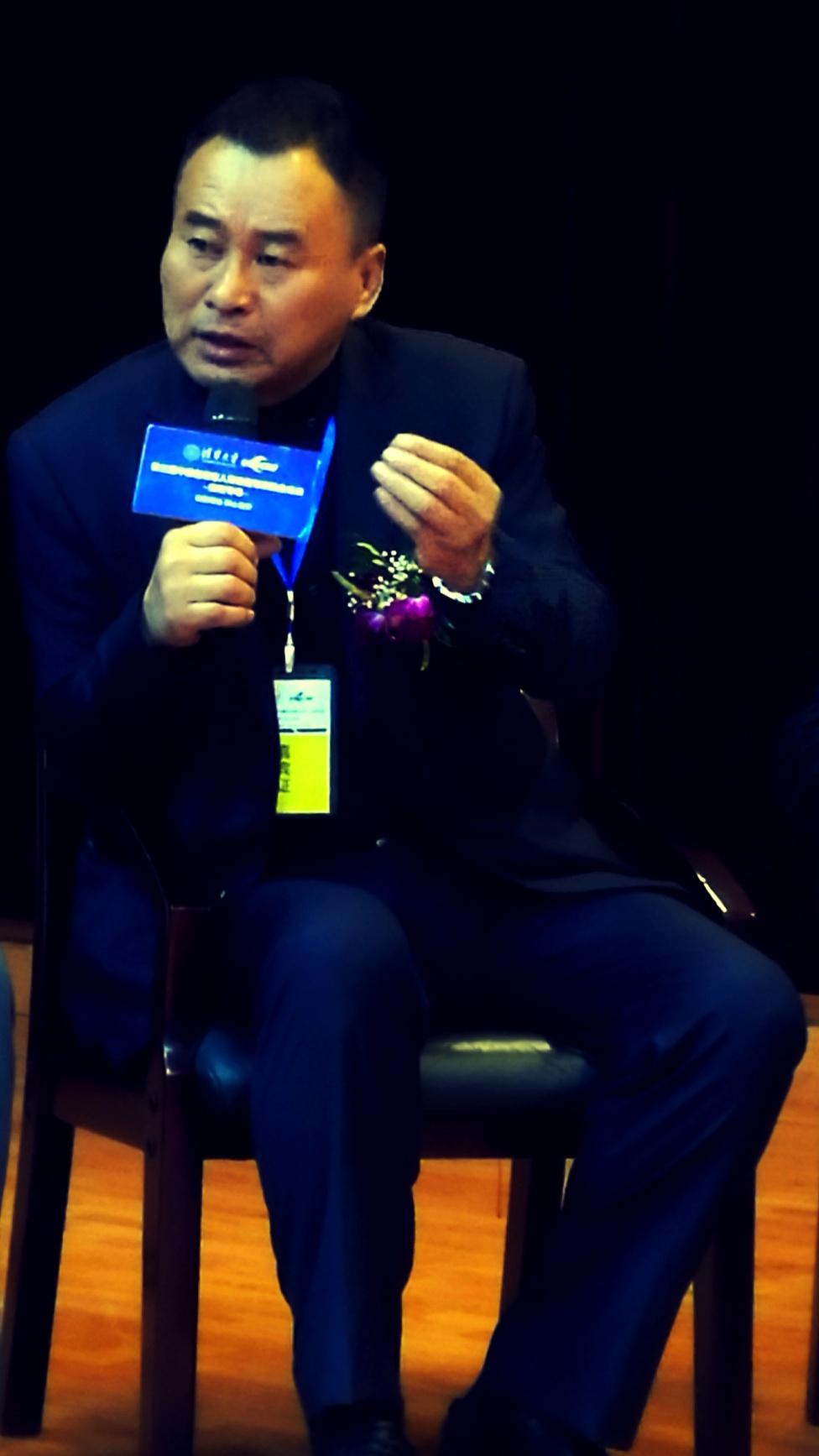 老兵房车旅游指挥长杨明参加中国退役军人事务暨军民融合论坛云南专场