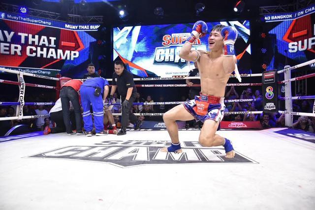 中國拳壇新星二戰復仇泰拳天王,強勢KO宣布猛虎歸來
