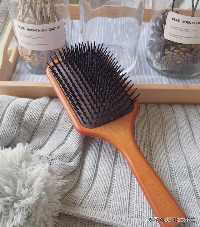 拒绝毛糙,如何让头发又黑又亮?这些护发技巧可要收好哟