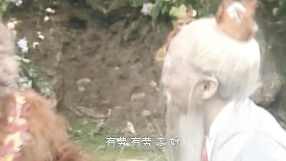 西游记:悟空从石卵中出世,不料竟惊动玉皇大帝