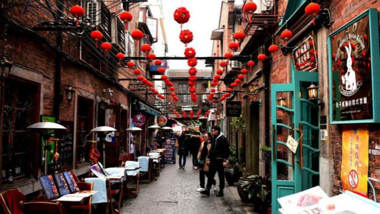 爱上海的理由|谭茜晨——老弄堂变身艺术街