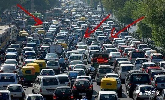 禁摩令解除,摩托车上高速好吗,车主众说纷纭,交警:请遵守交规