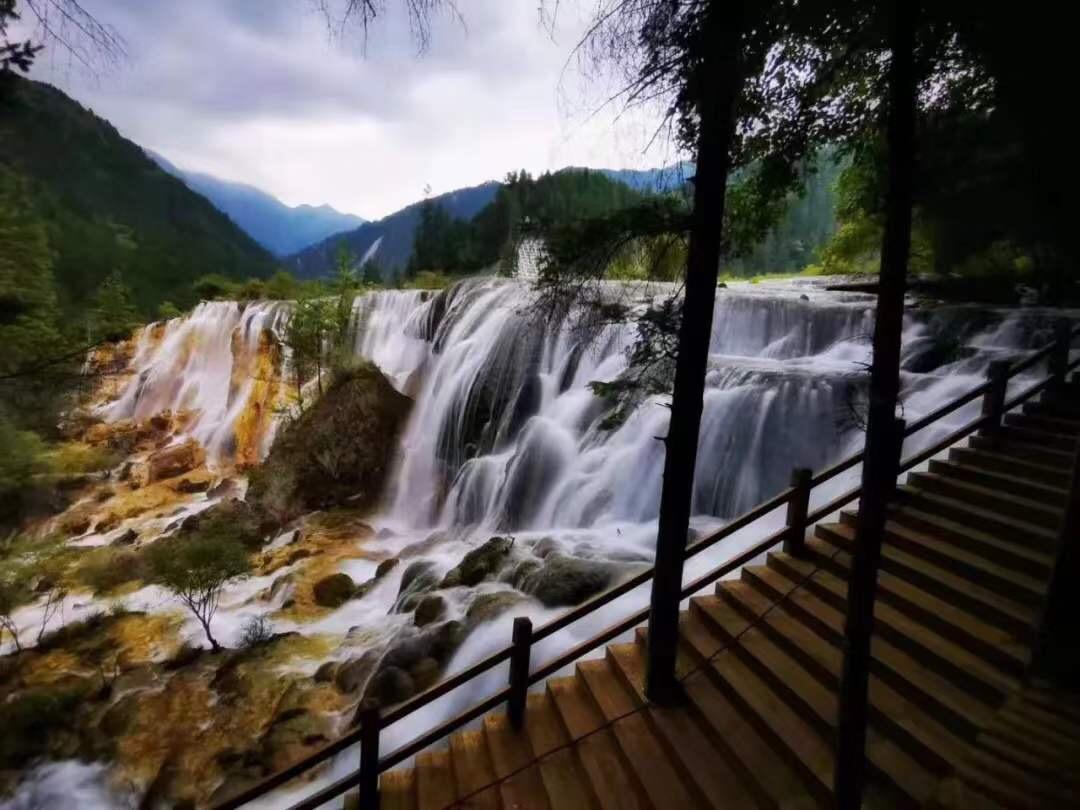 旅行社:九寨沟景区线路定价最低400余元,散客