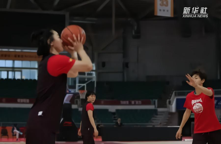 武桐桐与篮球的不解情缘