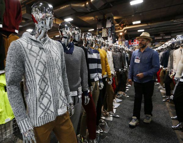 """也是拼了,美国服装业为避关税""""绞尽脑汁""""……"""