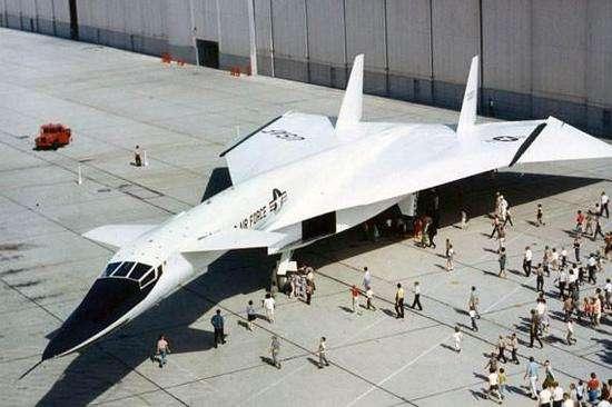 鸭翼布局战斗机这么香,为什么美国却瞧不上?
