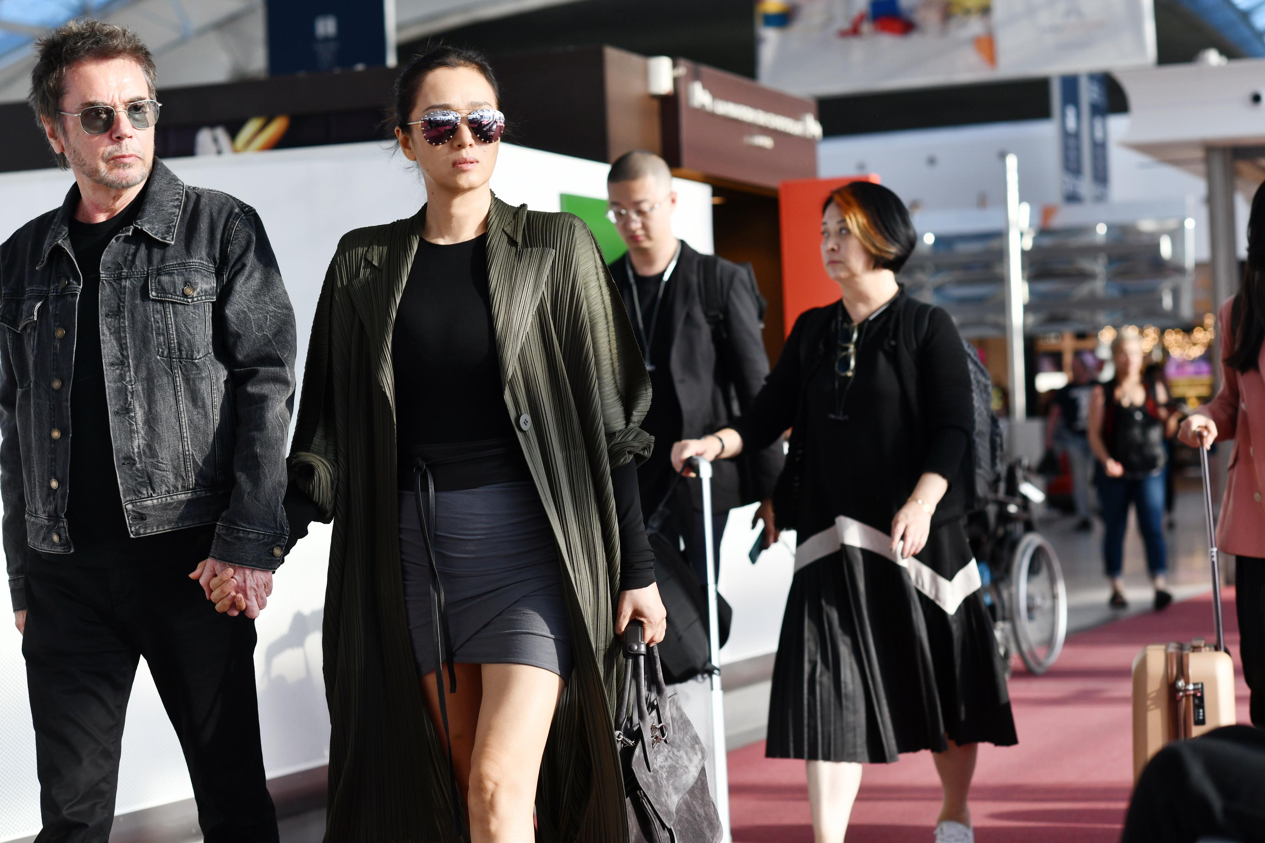 巩俐抵达威尼斯,成首位四度入围主竞赛单元亚洲女演员