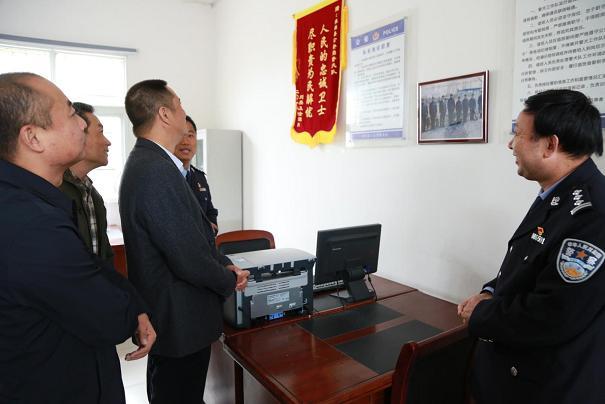 河南淮滨:公安部南昌警犬基地课题组深