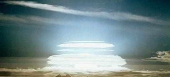 一颗钴弹可以毁灭地球?夸张了,只要威力够大常规炸弹也能做到