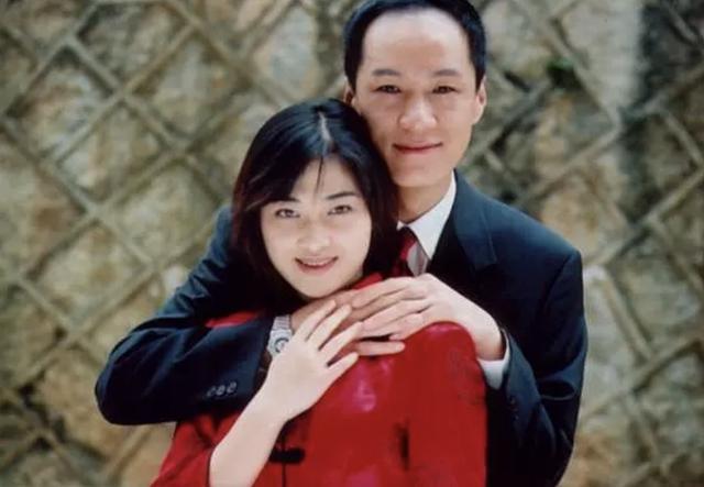 44岁梅婷现身拍戏:老态明显 撞脸60岁倪萍怎么唱高音