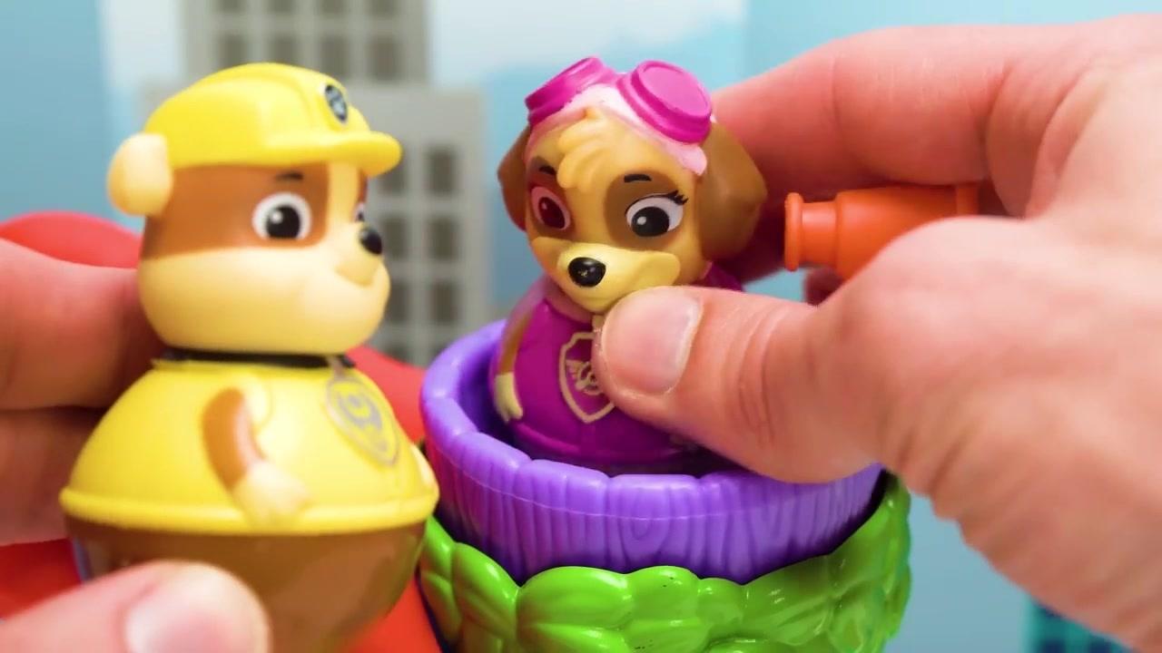 儿童早教动画,益智玩具游戏,小汽车坏了要拉去维修