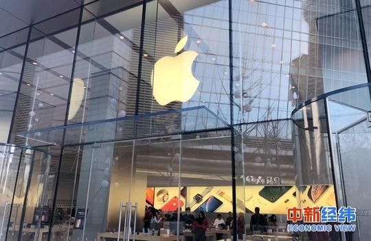新版iPhone预售热:换机党陷入纠结 黄牛党放弃入场