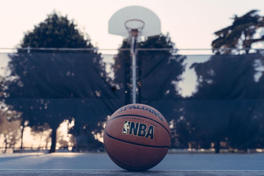 NBA里的「黑科技」或许能救中国篮球?