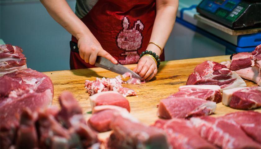 商务部:上周猪肉批发价格下跌1.9% 冻猪