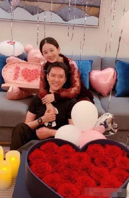 冯绍峰上节目谈到赵丽颖,一句话意外暴露家庭地位