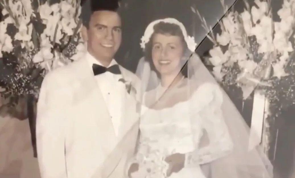 他和她16岁相爱,19岁结婚,活成了我们最羡慕的样子……