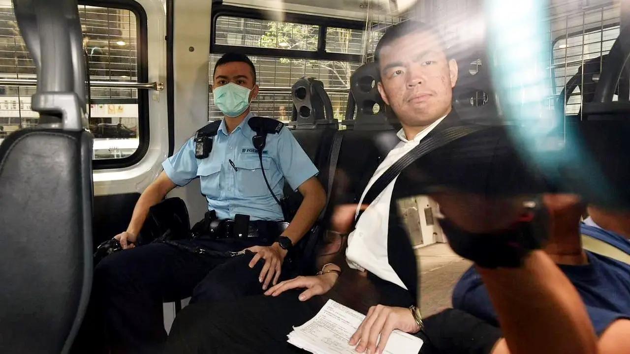 涉嫌在香港机场拿美国旗袭击付国豪的嫌犯 不准保释