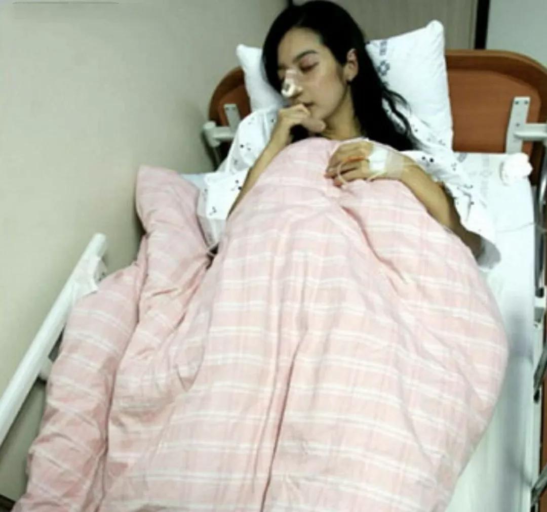 蜜月期被丈夫砍断手指,因家暴流产导致终身不孕,她堪称最惨女星