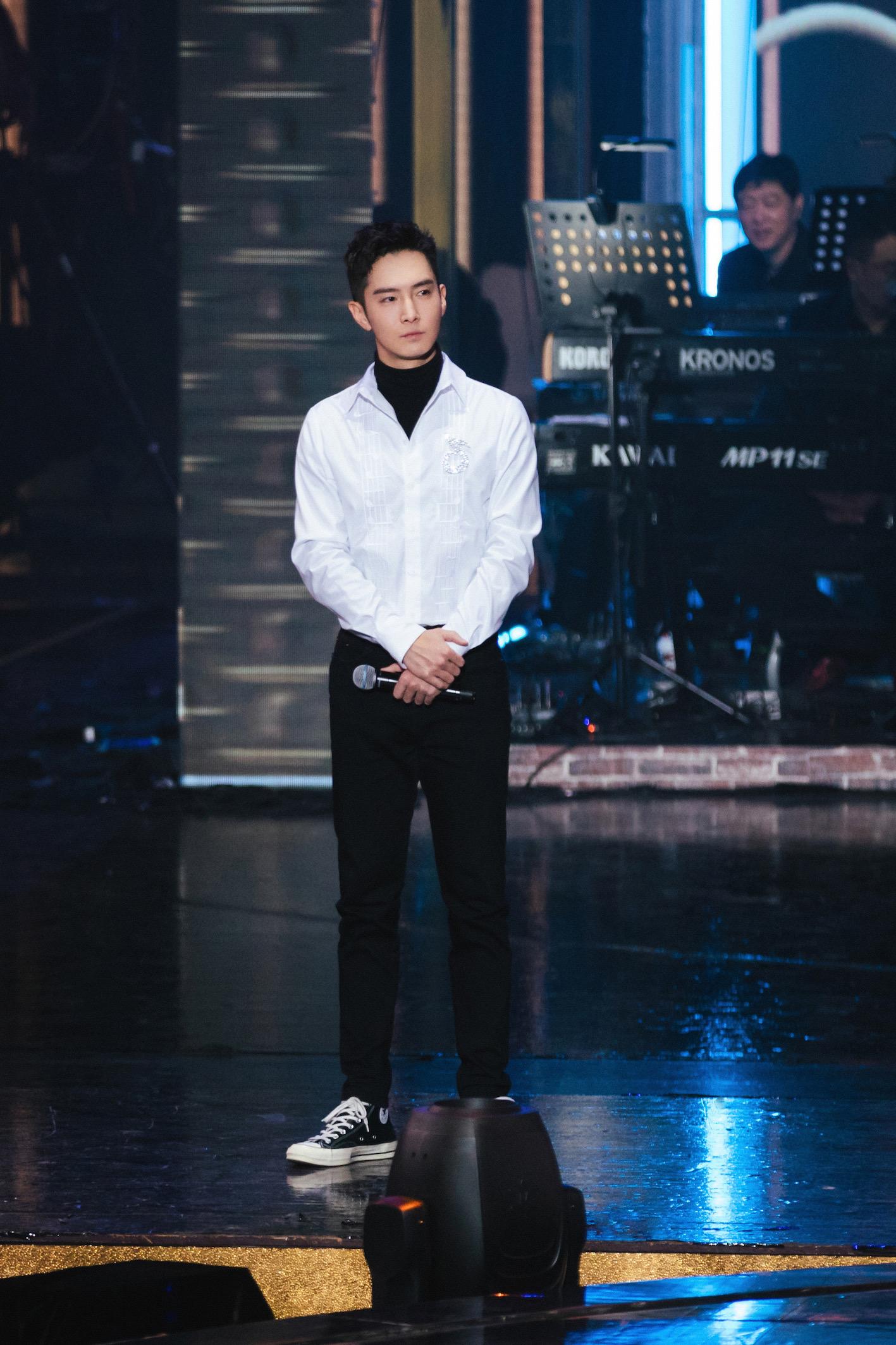 跨界歌王刘涛 2019《跨界歌王》跨界盛典来袭群星璀璨 刘涛深情献唱《爱我》