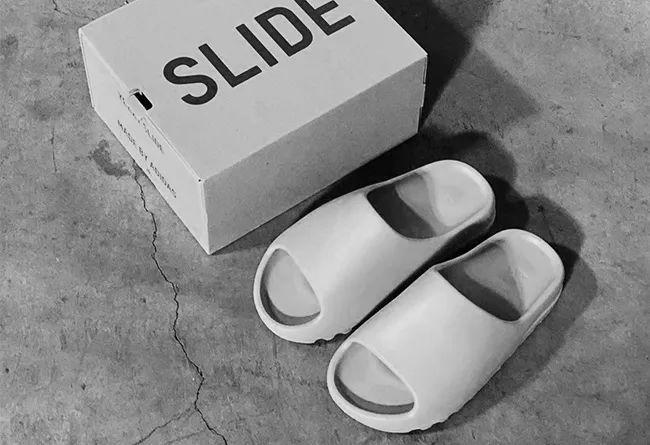 YO鞋闻 adidas YEEZY Slide 拖鞋即将发售,Nike 为 Air Max 推出...