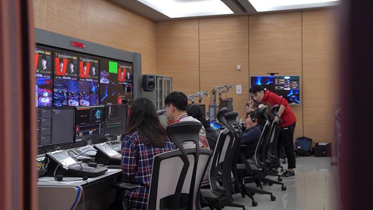 """全远程制作LPL直播首发 助上海打造""""电竞之都"""""""