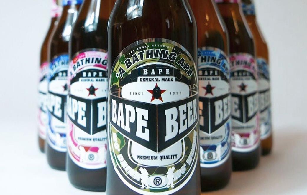 """不仅能穿还能""""喝""""!BAPE®带来全新啤酒周边"""