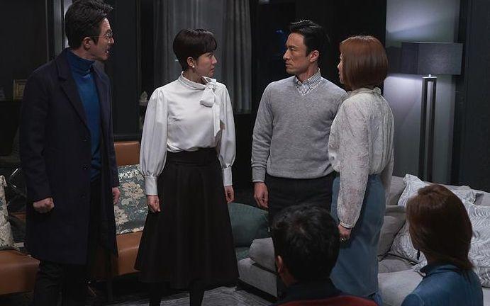 美国翻拍韩剧《天空之城》,《绯闻女孩》编剧参与