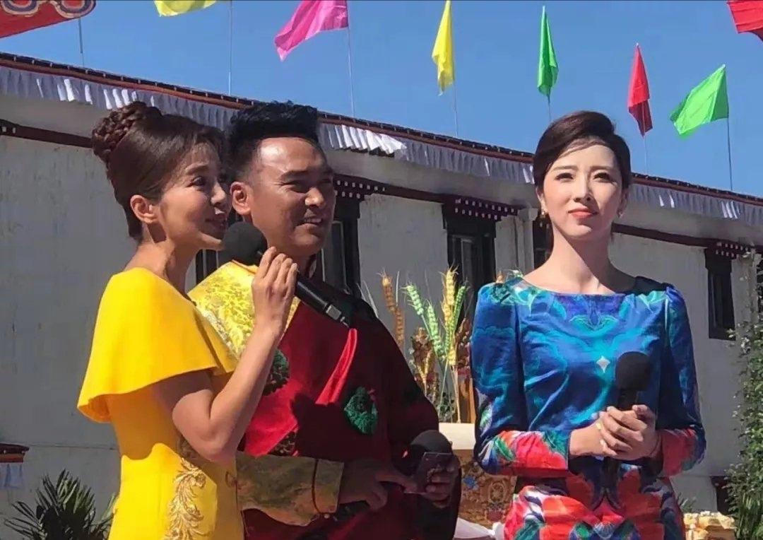 主持人朱迅现身西藏 一身黄裙身材窈窕韩都市舆图