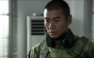 雷神以为来了任务,结果首长让他去训练一群女兵,雷神顿时无语