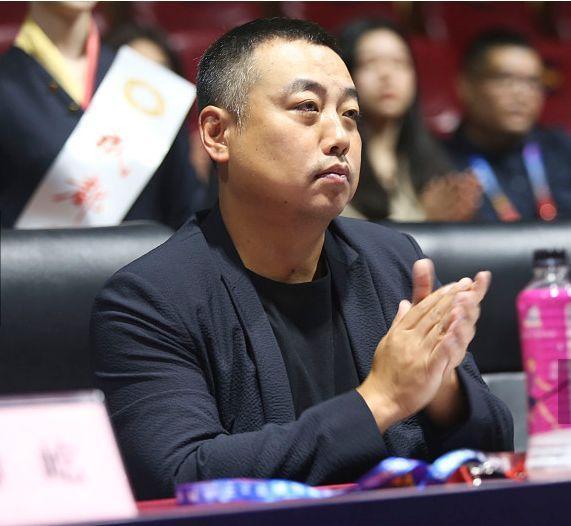 中国乒乓球队全力备战东京奥运会,刘国梁为啥要停办1年乒超联赛