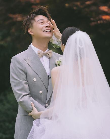 浙江台主持人沈涛婚礼现场曝光!妻子首露真容