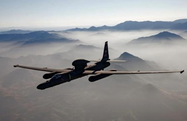 美媒声称:美军U2飞越中国军演区域,中没有战机能拦