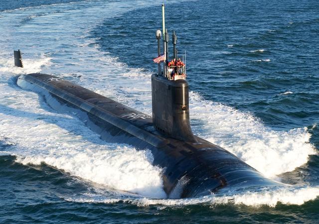 美国弗吉尼亚级攻击核潜艇。  seaforce-online 图