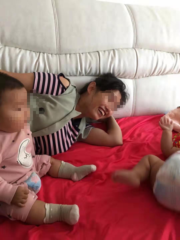 杨晓燕和孩子