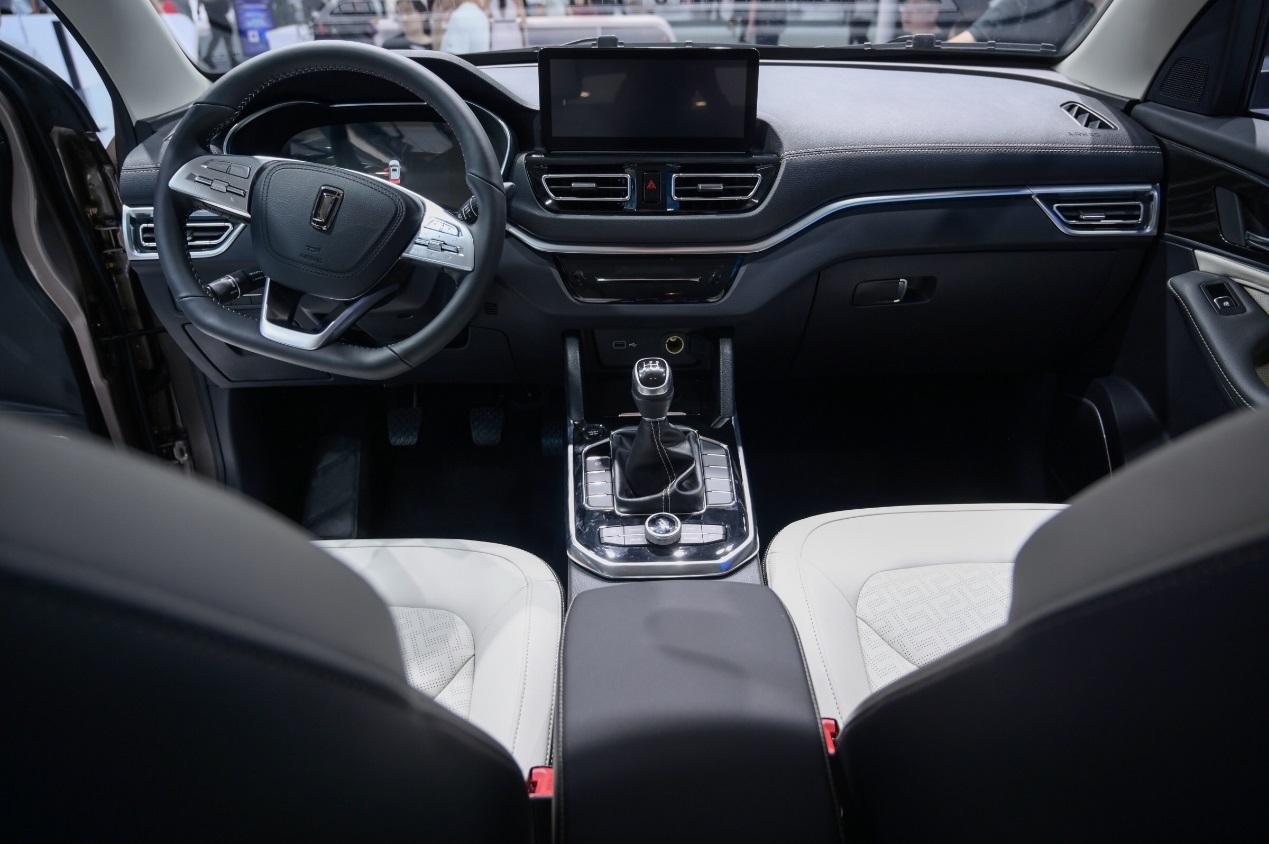 奔腾T33将于8月3日发售 采用家族式设计核心理念