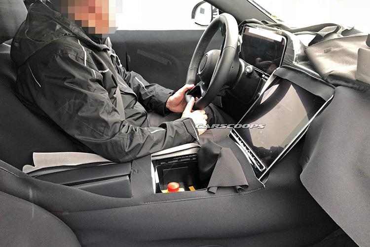 新一代新款奔驰C级内饰首曝出 或与新一代新款奔驰S级类似