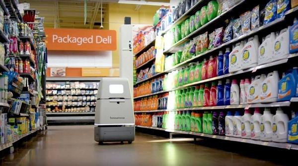 淘汰人类员工:沃尔玛售货机器人上岗