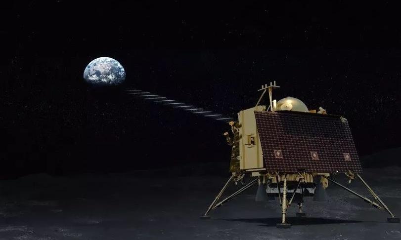 """印度""""月船2号""""着陆器在距离月球表面2.1公里处失"""