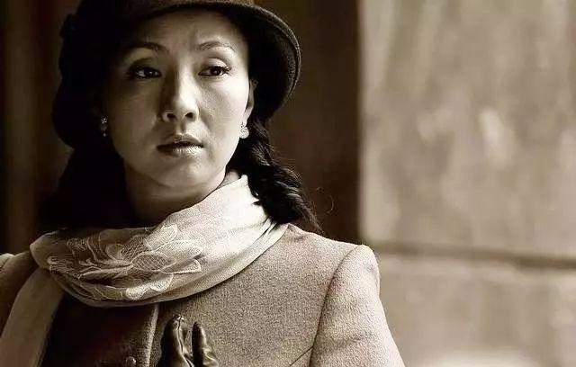 """从运动员到三料影后,徐峥称""""娶她是高攀"""",她凭什么火?"""